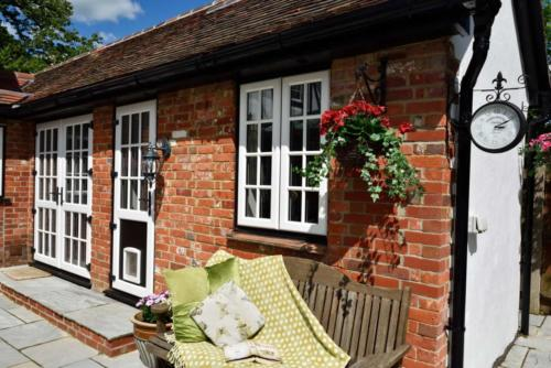 Upvc-Residential-and-French-Door-External-Courtyard-2